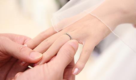 結婚予定または新婚の方イメージ