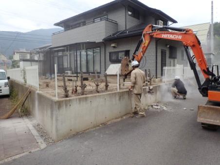 積雪対応の駐車場増設-02