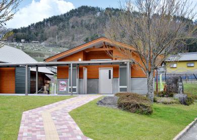 びんぐしの里公園野外ステージ 屋根及び公衆トイレ新設-03